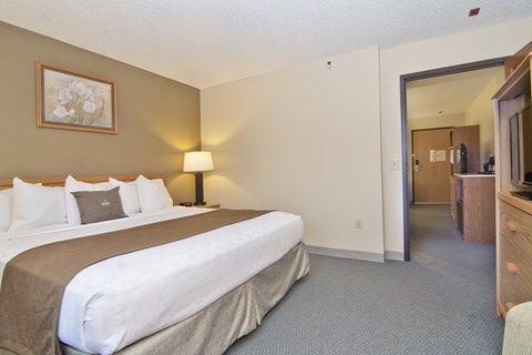 Boarders Inn Faribault - 2 room suite