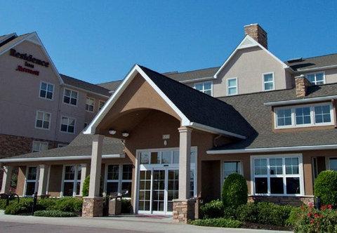 Residence Inn Bryan College Station - Exterior