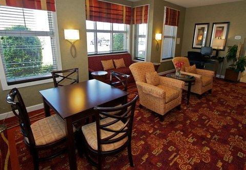 Residence Inn Bryan College Station - Business Center