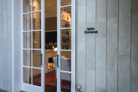 Cayena-Caracas Hotel Caracas - Social Living Rooms - Salon Chimenea