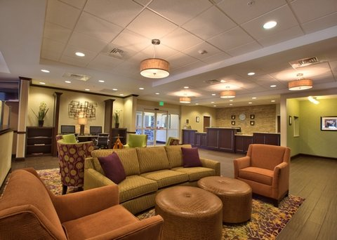 Comfort Inn & Suites Dothan - ALLobby Seating