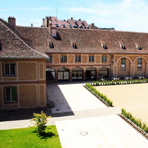 Hotel Les Haras - Exterior