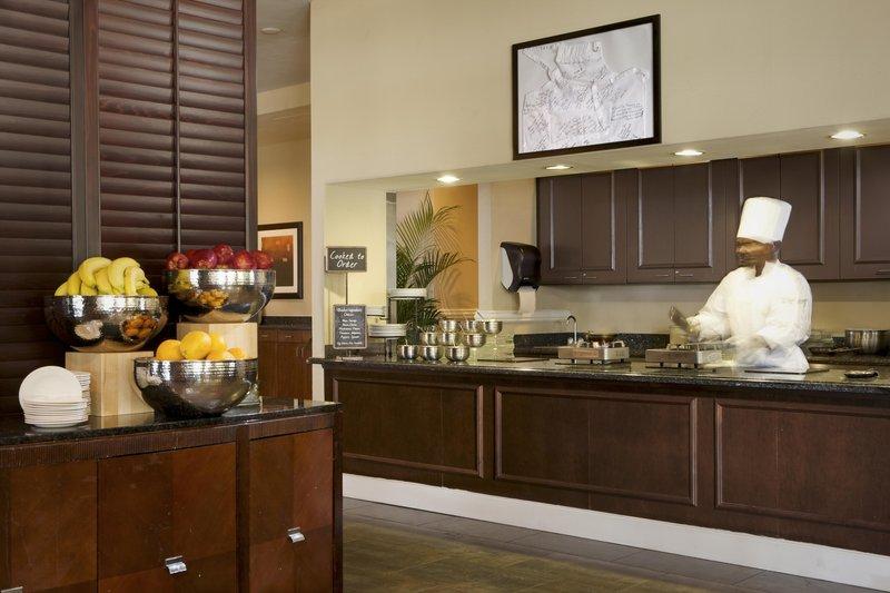 Embassy Suites Deerfield Beach - Resort & Spa Gastronomie
