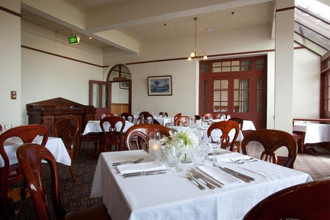 Rydges Hobart - Manor Grill