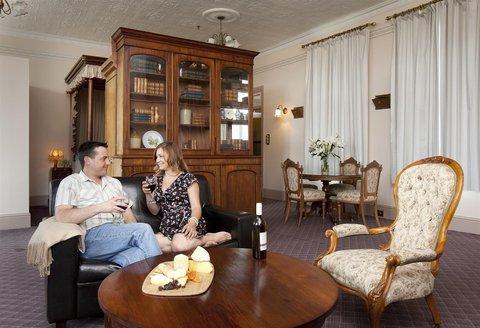 Rydges Hobart - Presidential Suite
