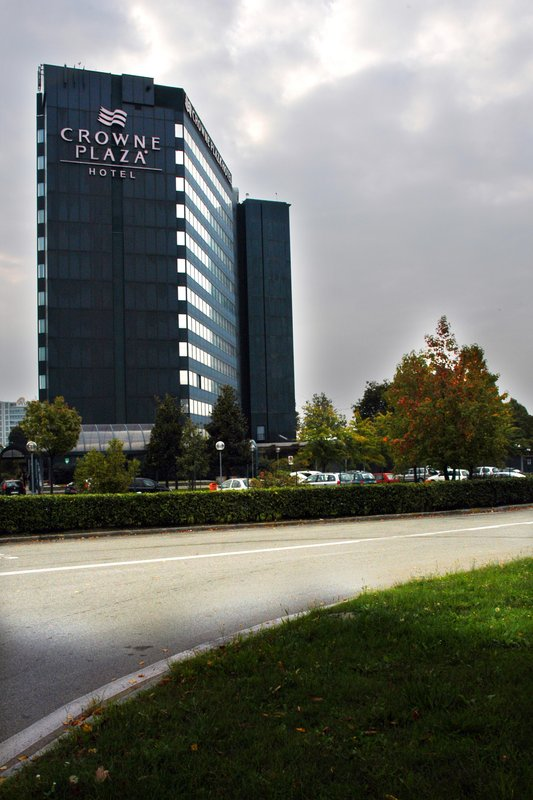 Crowne Plaza Hotel Milan-Linate Exterior view