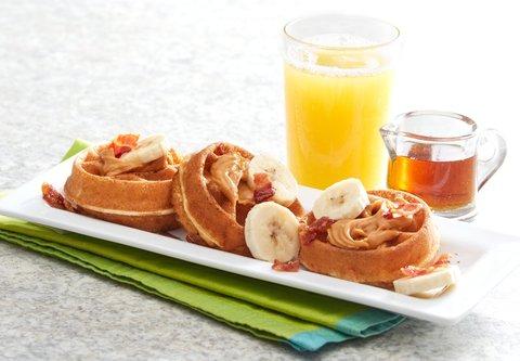 Fairfield Inn & Suites Fayetteville North - Mini Waffles  Big Taste