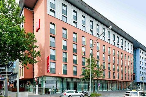'Hotel ibis Hamburg St Pauli Messe' - Exterior