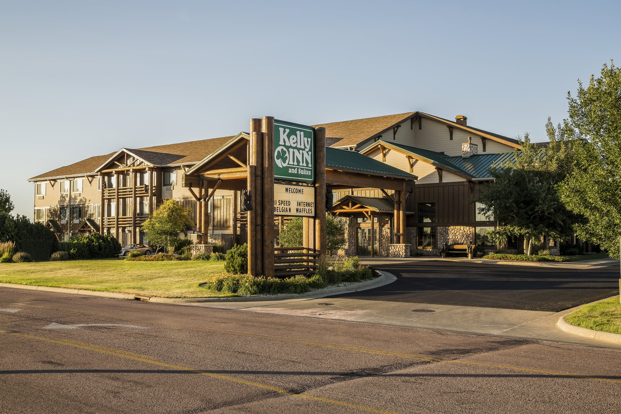 Kelly Inn Amp Suites Mitchell Sd Hotels Hotels In