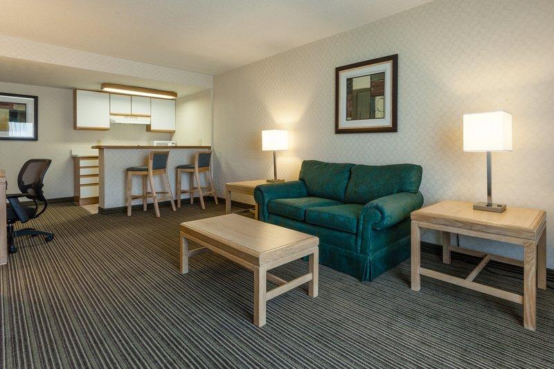 Hotel Rooms In Dekalb Il