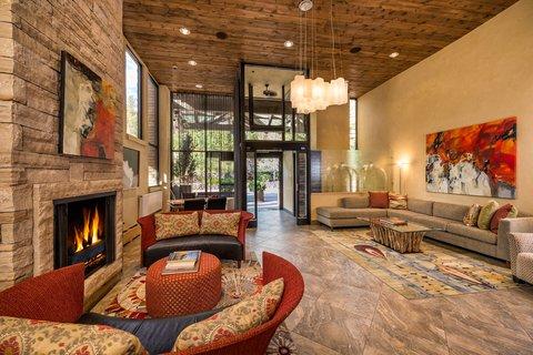 Vail's Mountain Haus - Mountain Haus Lobby