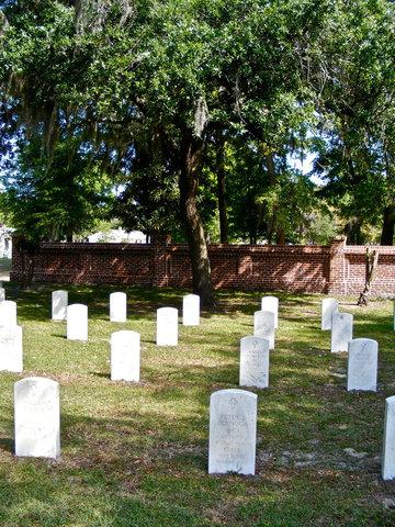Best Western Sea Island Inn - National Cemetery