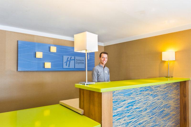 Holiday Inn Express Mission Bay Sea World Area Hall