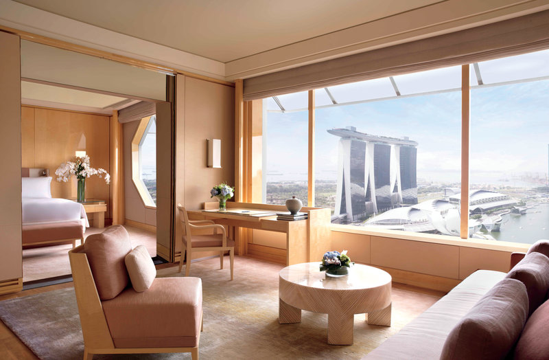 The Ritz-Carlton Millenia Singapore Suite