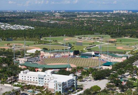 Courtyard Palm Beach Jupiter - Aerial View