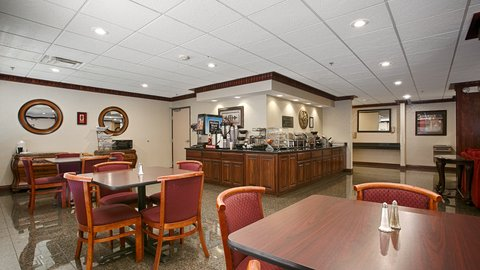 BEST WESTERN Big Spring Lodge - Breakfast Area