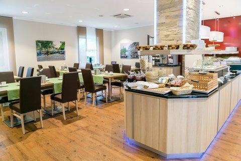Hotel Breitbach - Breakfastroom2