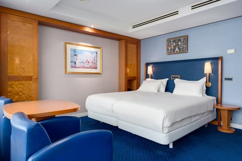 NH Atlantic Den Haag - Rooms