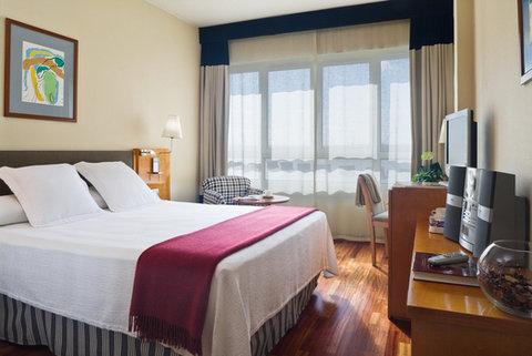 NH La Coruna Atlantico - superior Room