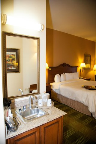Hampton Inn Brownwood - Guest Room Amenities