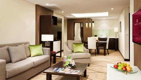 Warwick Hotel Dubai - Penthouse Bedroom Suite Living Room