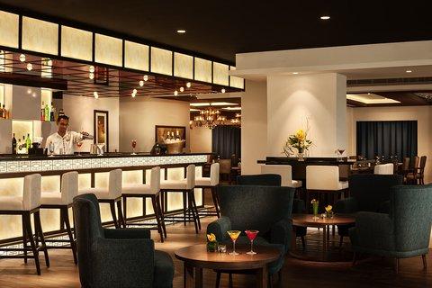 Warwick Hotel Dubai - Zenses Restaurant And Lounge