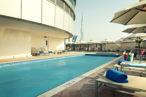 Warwick Hotel Dubai - Zephyr Rooftop Pool