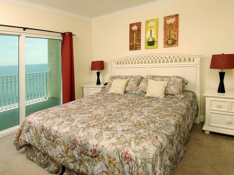 Crystal Shores by Wyndham Vacation Rentals - Bedroom
