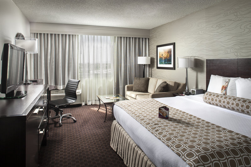 Crowne Plaza Hotel Phoenix Airport 客房视图