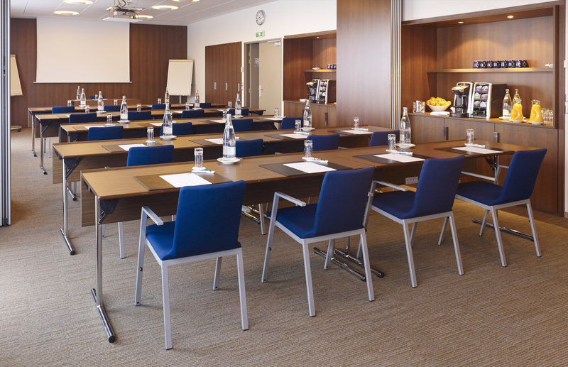 Holiday Inn Express Toulouse Airport Salle de conférence