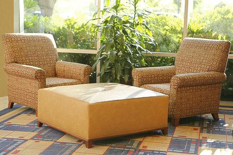 Crowne Plaza Suites ARLINGTON - BALLPARK - STADIUM - Hotel Lobby Seating
