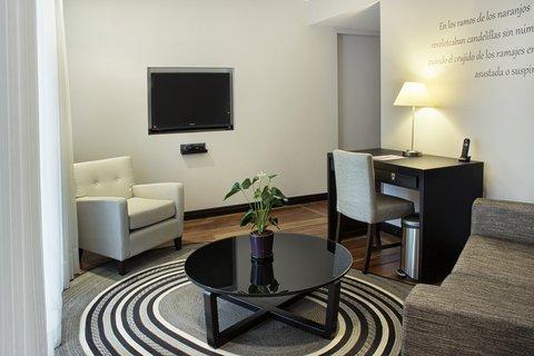 Movich Casa del Alferez - Interior Hotel