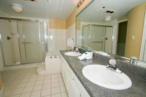 Jade East Condominiums by Wyndham Vacation Rentals - Master Bathroom