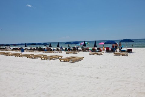 ResortQuest Rentals at Sunrise Beach Resort - Beach