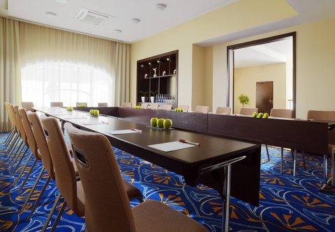Novosibirsk Marriott Hotel - Stravinsky Room   U-Shape Setup