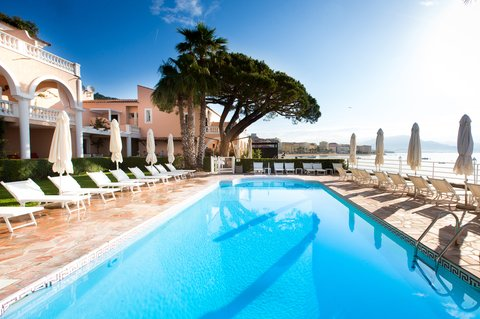 Hotel Demeure les Mouettes - Seawater  heated pool
