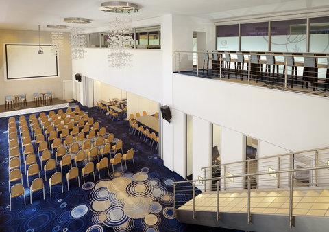 Sheraton Frankfurt Airport Hotel and Conference Center - Sky Loft