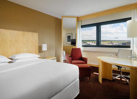 Sheraton Frankfurt Airport Hotel and Conference Center - Sheraton Comfort Plus Room