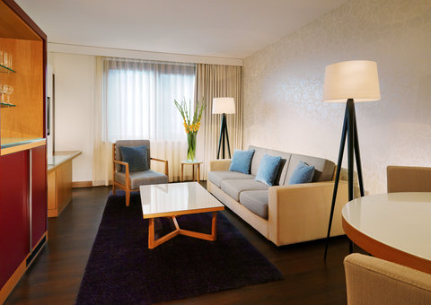 Sheraton Frankfurt Airport Hotel and Conference Center - Tower Junior Suite