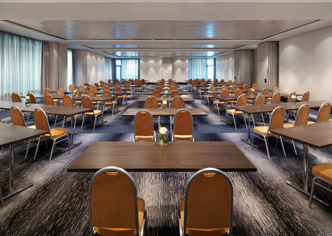 Sheraton Frankfurt Airport Hotel and Conference Center - Meeting Room