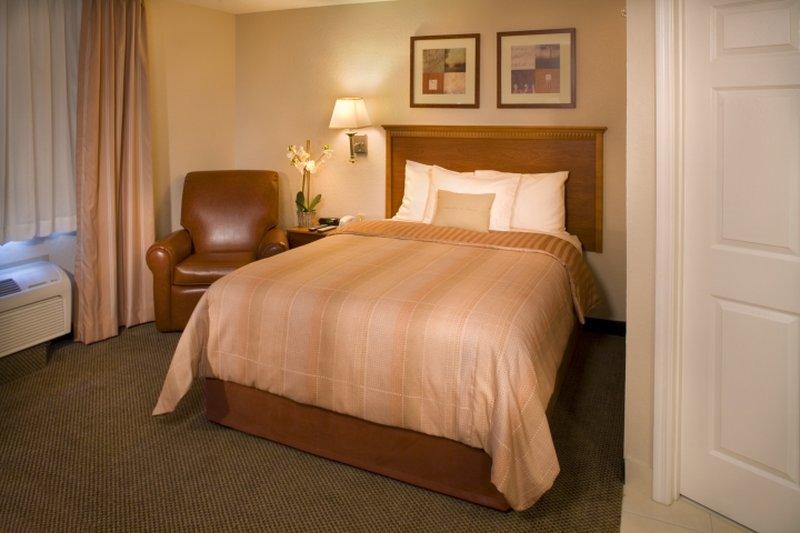 Candlewood Suites-Oak Harbor - Camano Island, WA