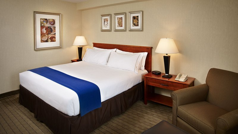 Holiday Inn Express Toronto-North York Вид в номере