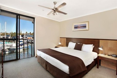 Sails Resorts Port Macqarie - by Rydges - Water King