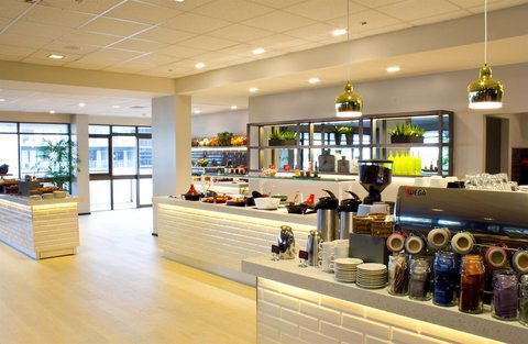 Rydges Plaza Hotel Cairns - RQCNSFood and Beverage Rise Breakfast