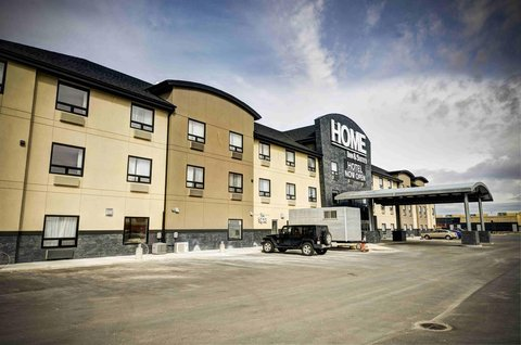 Home Inn And Suite Yorkton - Exterior
