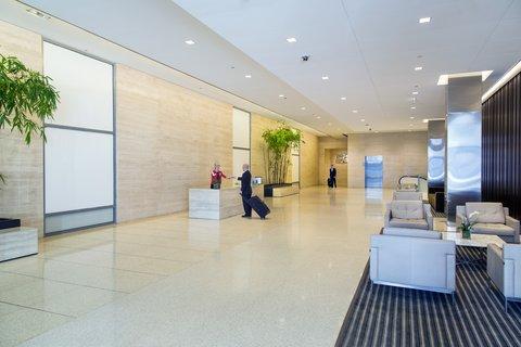 Holiday Inn Chicago Mart Plaza Hotel - First Floor Lobby