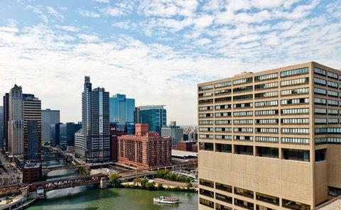 Holiday Inn Chicago Mart Plaza Hotel - Enjoy Your Stay