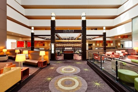 Holiday Inn Chicago Mart Plaza Hotel - Welcome to Merchants Cafe