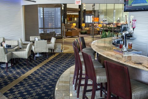 Holiday Inn Chicago Mart Plaza Hotel - Welcome to Cityscape Bar
