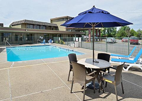 Comfort Inn Big Sky - pool2